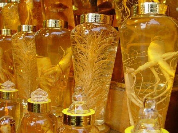 Bình thủy tinh hàn quốc có thể dùng ngâm rượu sâm,nhung tốt cho sức khỏe